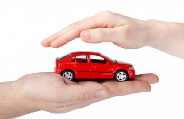 Tư vấn bảo hiểm ô tô: Bảo hiểm thân xe hai chiều và bảo hiểm trách nhiệm dân sự